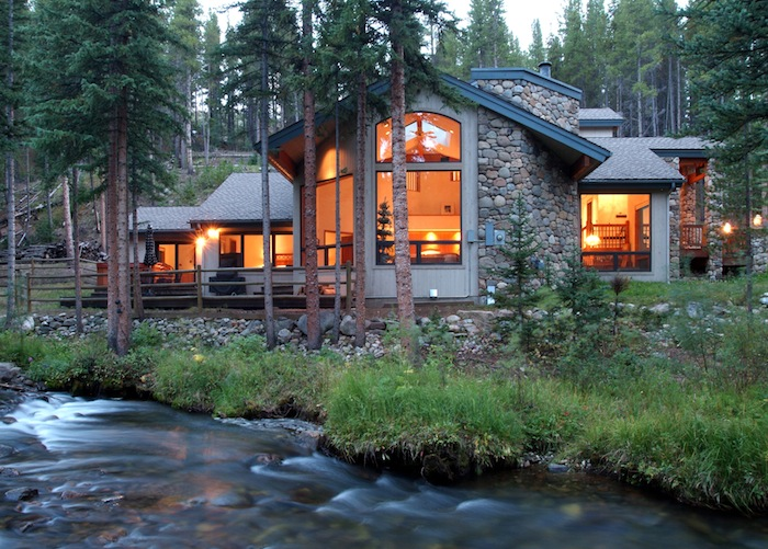 """Roughing it"" in Breckenridge, Colorado. (Photo courtesy of Wyndham Vacation Rentals.)"